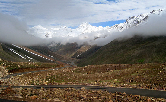 Tips while cycling from Manali to Leh