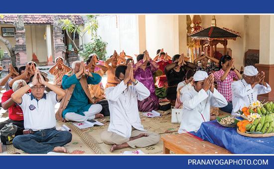 Meet the Hindus of JAVA