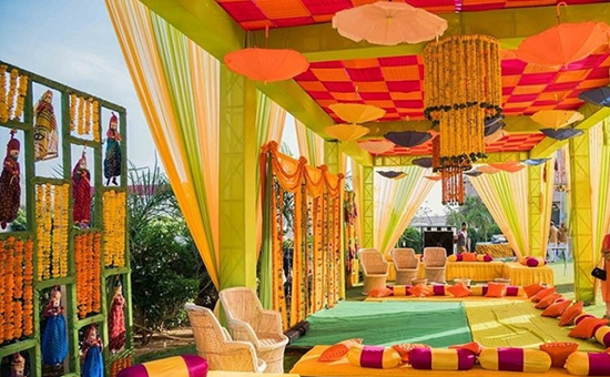 IDEAS to make your Mehendi Function more entertaining