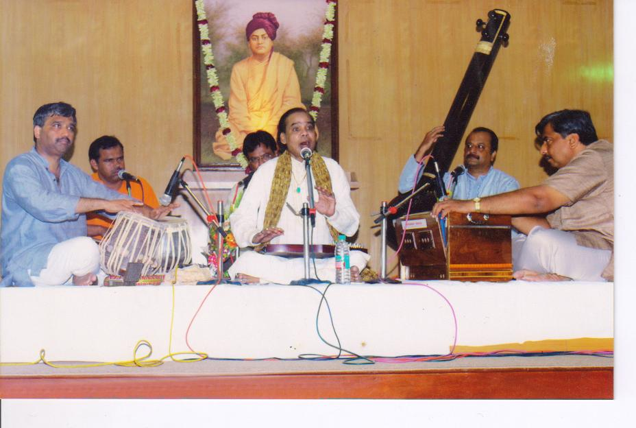 Down the memory lane- A journey into the repertoire of the Living Legend - Ustad Aslam Hussain Khan Saheb `Khushrang`
