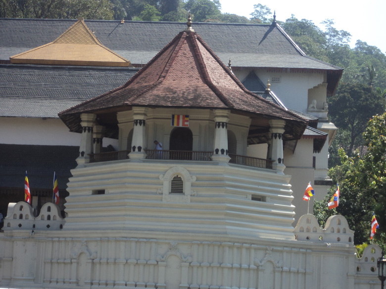 Frontal look of the tooth relic temple at Kandy.