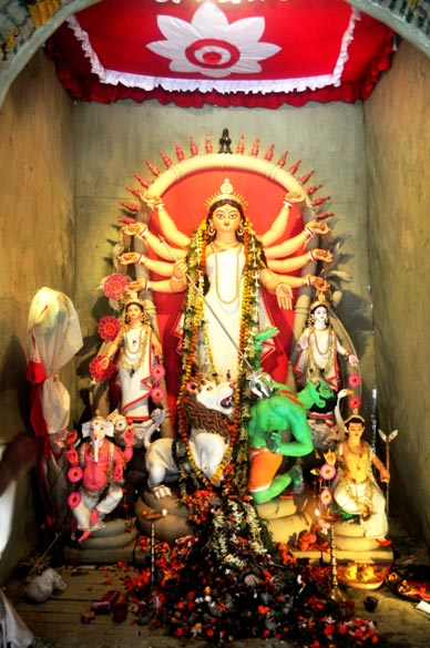 Durga idol at Nabin Pally, Hatibagan.