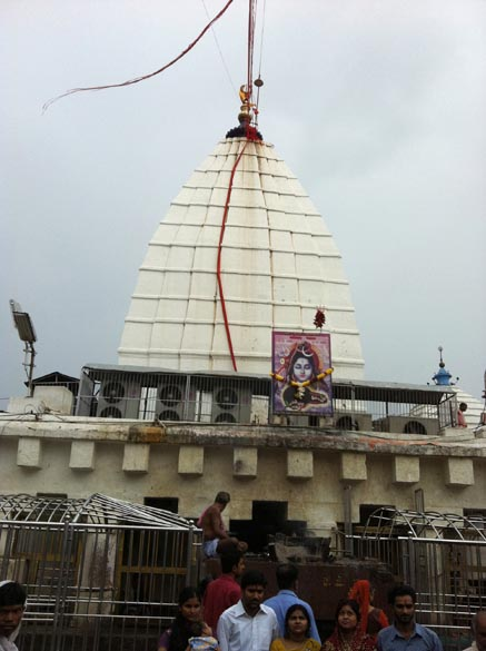 Baidyanath jyotirling is in Bihar is one of the 12 jyotirlings in the country. It is 281 kms from Patna or take a train to Baidya Dham (Deoghar) station. U see temple Sabhagraha entrance.