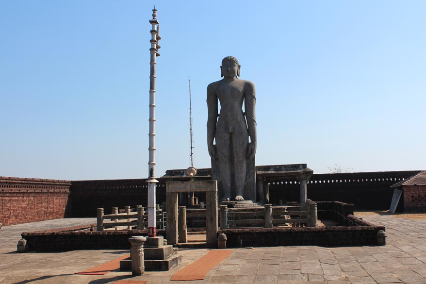 U see image of Bahubali at Karkala. It is 42 feet tall and installed in 1432. Moodabidri is 38 kms from Mangalore and app 22 kms further is Karkala. Or Karkala is about 60 kms from Sringeri. 