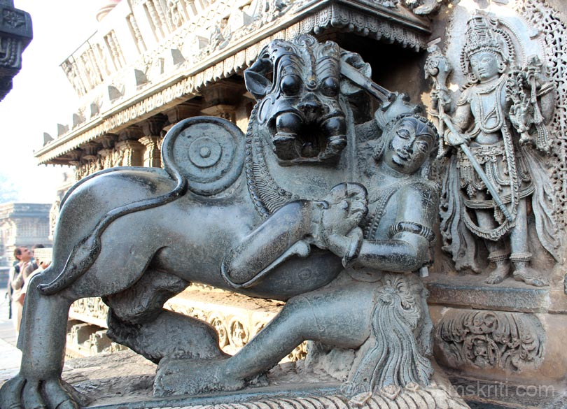 U see east facing animal ie Royal Emblem of the Hoysala dynasty. Shows boy fighting an animal that has body of a lion and face of a tiger. Hoysala means killing the tiger. Hoy means to kill, Sala