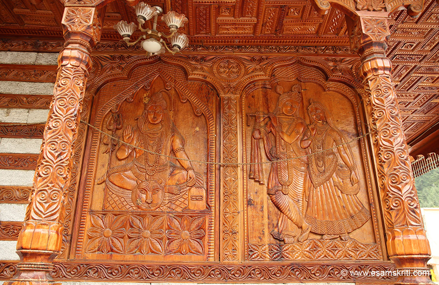 Image of Shivji on left and Krishna / Radha on the right. Temples with such woodwork find only in Himachal.