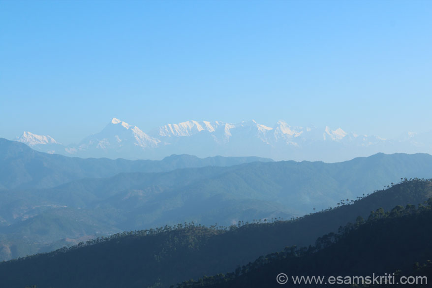 A view of the Himalayan Peaks.