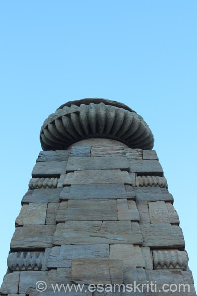 A view of the main temple curvilinear shikhara. Dome is similar to temples of Baijnath, Bageshwar and Jageshwar.