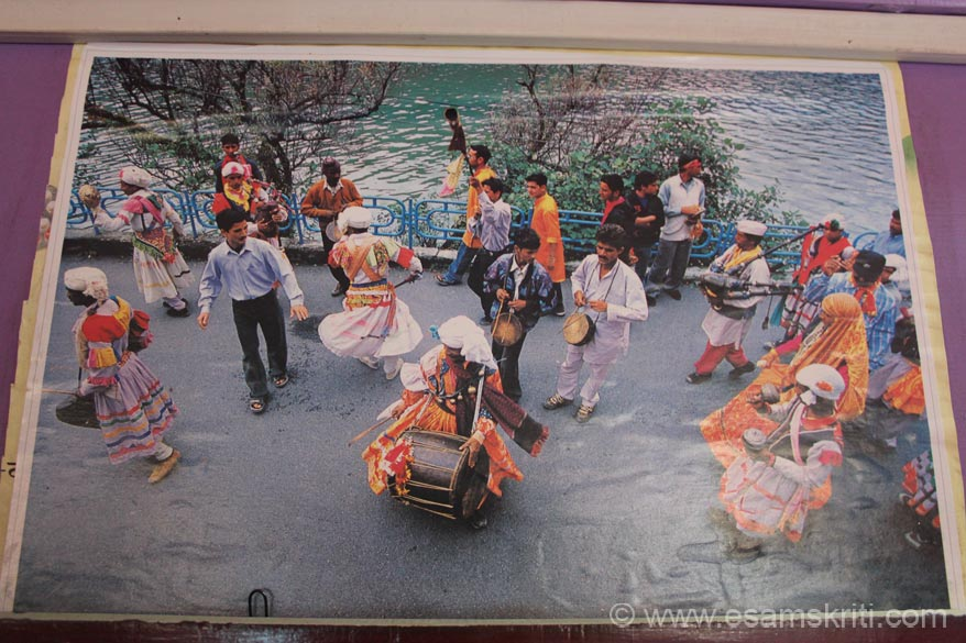 Festival being celebrated in Nainital, forgot details. Can someone help with captions.
