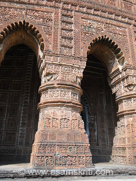 Decorated doorways. The area is also known in history as Mall Bhumi because of the rule of Mall dynasty of kings for several centuries. Most of the temples were built in the 17th/18th centuries.