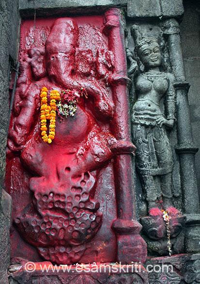 Image of Ganesha on temple wall.