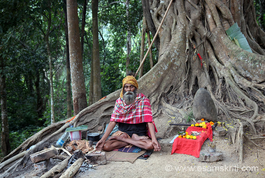 Ganesha is at a lower level compared to Shivji image, whilst walking up met this Sadhu sitting under a tree. Like most of us loves to be photographed.