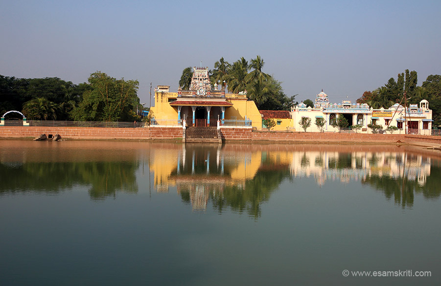 Local temple minutes away from Chettinad Palace. What I like about South India temples is a small kund - water body is always found either as part of the temple or just behind it. Using todays language we could call it a way of water harvesting.