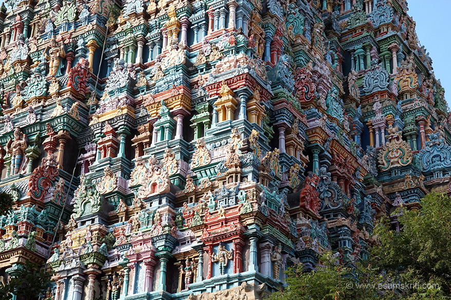 "Mid level view of both sides. ""The original Meenakshi Temple was razed to the ground in 1311 by Malik Kafur. The sanctum however survived. In 1510 Vishwanatha Nayak remade the temple