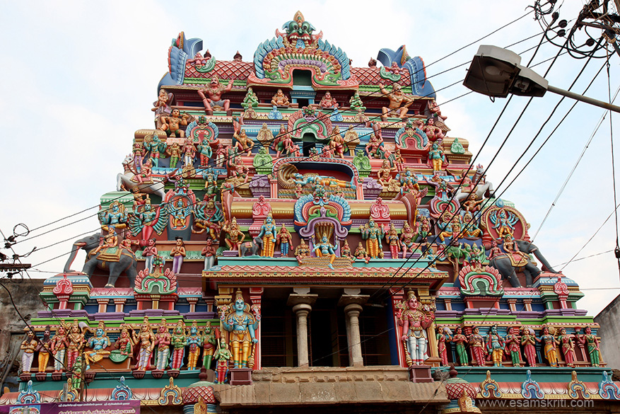 Front side gopuram one. Rajagopuram is a 1987 gopuram ie why taking old gopurams this is gopuram 1.