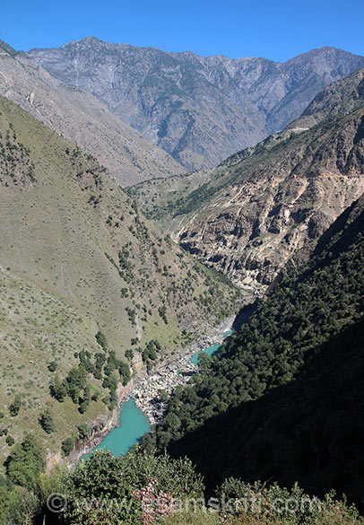 Through the hills flows Paddar river. Water flow reduced due to construction of Dul Hasti power project (390 MW). People of Kishtwar complained that inspite of river Chenab at foothills and Dul Hasti power project the town suffers from water and electricity shortage.
