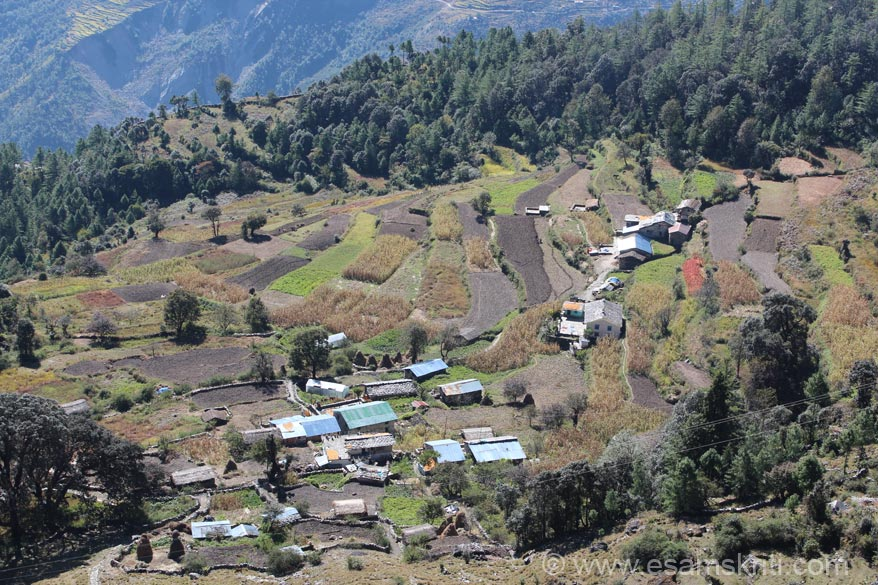 Pic of village enroute. They follow step farming - ie farming at different levels. Was tempted to visit the village but was quite a walk downhill so decided to avoid. Was excellent weather