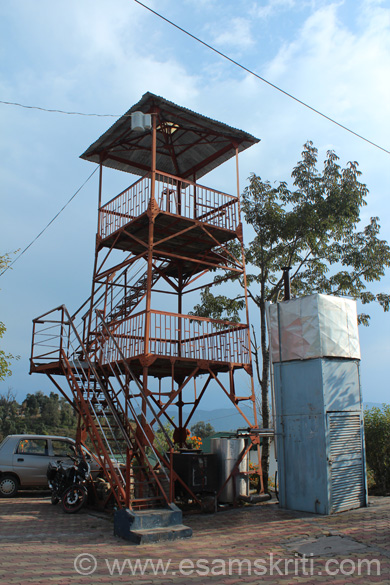 Kumaon Mandal Vikas Nigam has this watch tower for residents. U get a great view of the sun rise/peak view from here.