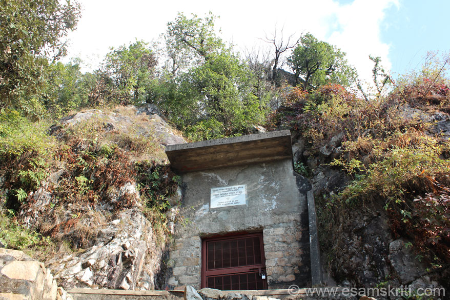 You see Babaji cave. It now has a steel gate and area inside is leveled. In earlier days it was probably open to the sky. Next few pictures of the cave.