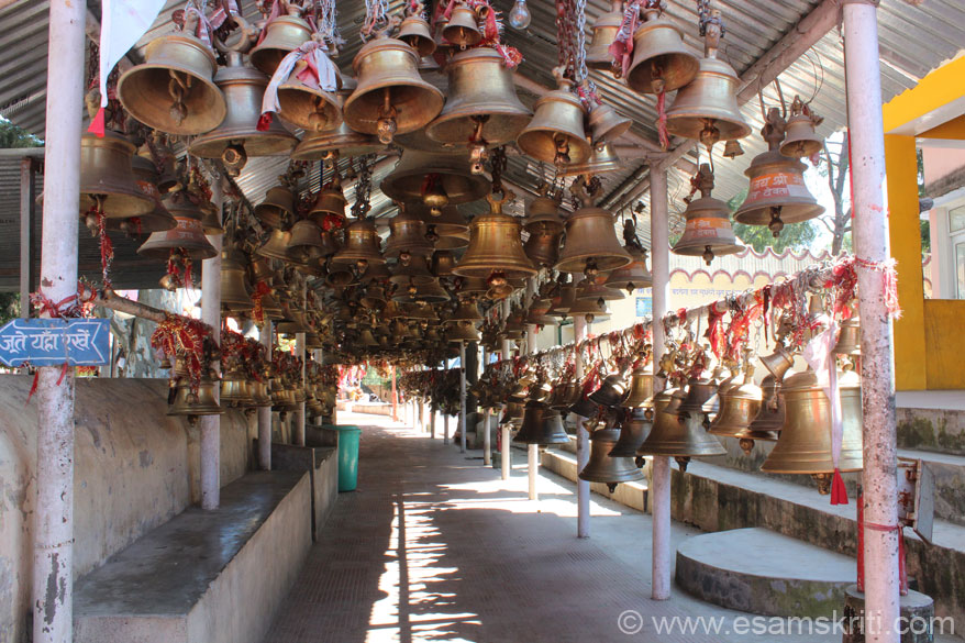 Entrance to temple is full of bells. These are given by devotees. Left of entrance is where u remove shoes before going in. Beware of monkeys - if u have any eating item in hand or