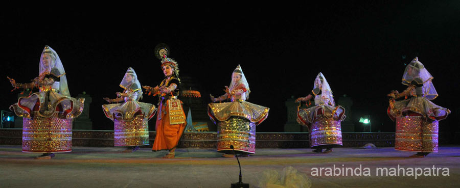 With Surya Mandir as a backdrop. Artists from Manipur Dance Academy Imphal. To see pics of academy 