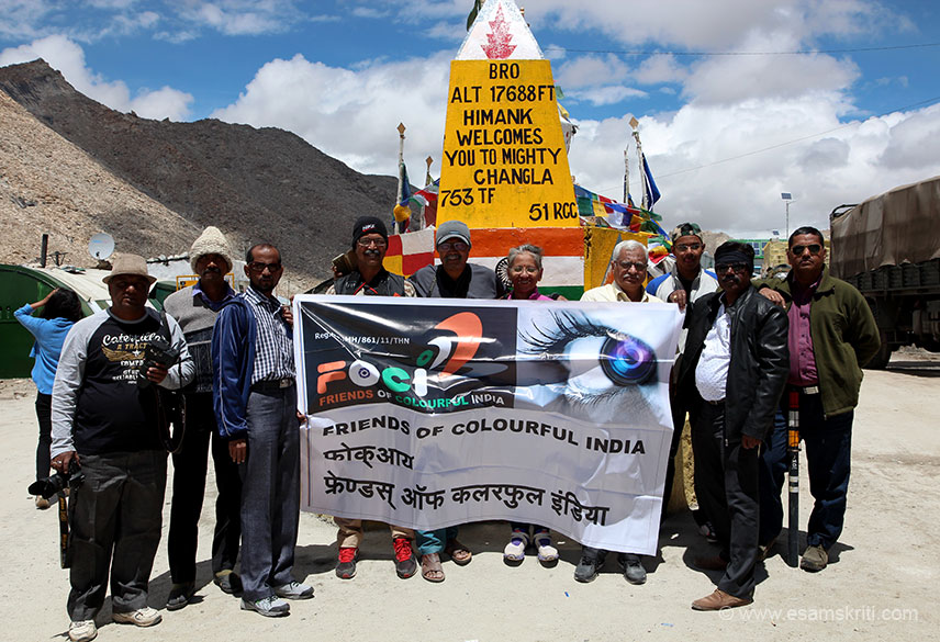 Group from Maharashtra. Met them at many places in Ladakh. Good effort.
