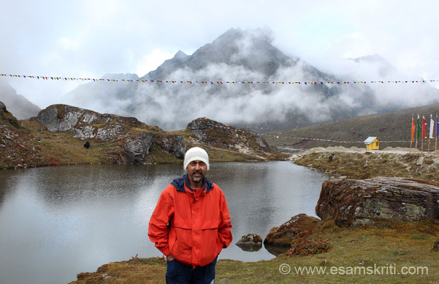 "U see me at Sela Pass. White cap that am hearing is made from rabbit wool. Bought it from Munisyari in Kumaon. To see pics of Munisyari Woolens <a href = ""http://www.esamskriti.com/photo-detail/Woollens-Munsyari.aspx"" target = ""_blank"" > Click Here </a>"