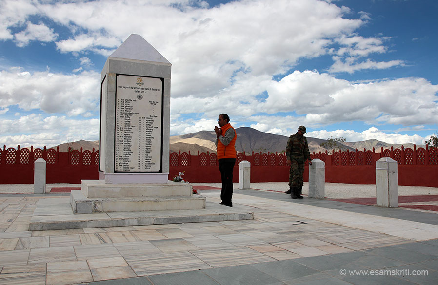 "Next 2 pics offer a side view so get a sense of terrain. Offering respects to the great soldiers of 13 Kumaon. To see pics of War Memorial Tawang <a href=""http://www.esamskriti.com/theme-detail/Tawang-War-Memorial.aspx"" target=""_blank"">Click here</a>"