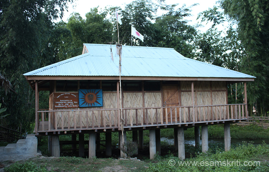 Arunachalis follow local religion Donyi Polo where they worship the sun and the moon. This place of worship is called Donyi Polo Nyedar Namlo at Ligu.