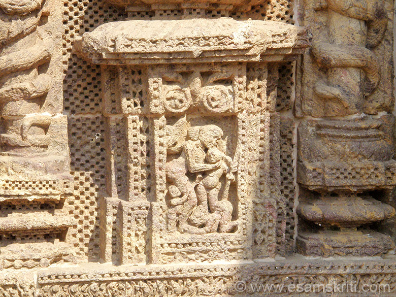 Next two pics of Sun Temple Konarak - amongst the grandest temples that I have seen even though parts of temple no longer exist. U see a Mother caring for her children.