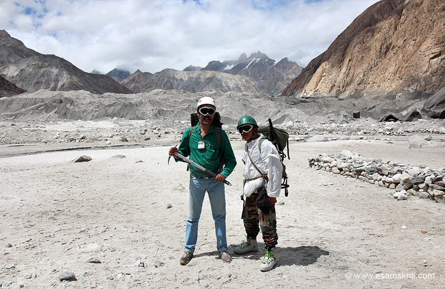 U see me with ice axe and bag on back. Some day hope to visit the glacier.