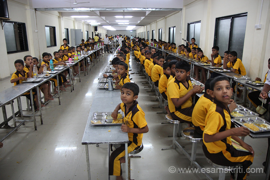 This dining hall can accommodate 800 odd children. Swami Maharaj insists that food served to children should be of good quality and tasty.