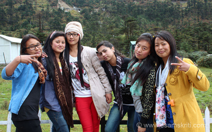 We were walking around the lake when met this group of girls. They belong to Monpa tribe which is the dominant tribe in Tawang. Few of the girls I spoke to had gmail accounts and 