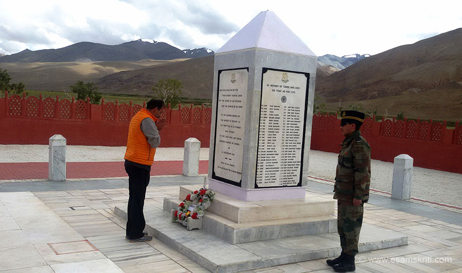 "Pranams to the great soldiers of 13 Kumaon. Person on right gave a short talk on what happened in 1962. It was motivating and made me proud of these brave sons of India. To see pics of War Memorial Raniket <a href=""http://www.esamskriti.com/photo-detail/War-Memorial-Raniket.aspx