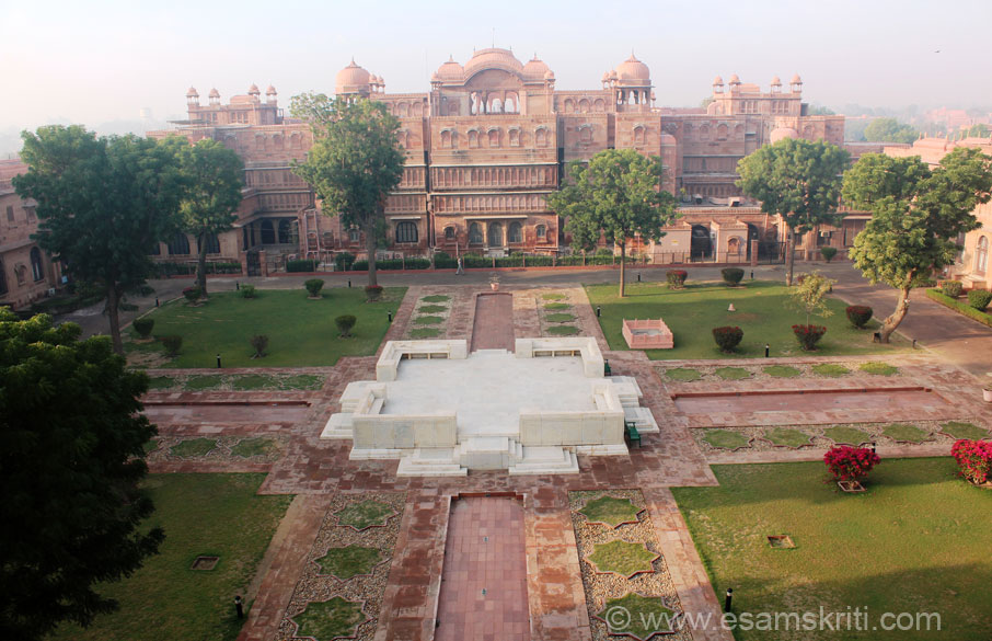 An early morning view of the splendid Marble Chowk. Structure right in front is back side of Lakshi Niwas Palace Hotel, left side is house of current Maharaja, other sides are Lallgarh 