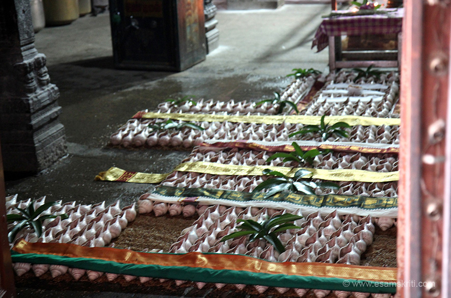 "108 Shank Abishekam. Sacred Waters kept in 108 Shanks for performing Abishekam. For more info on temple <a href=""http://kumbakonam-temples.blogspot.in/2009/05/budhan-navagraha-temples.html"" target=""_blank"">Click here</a>"