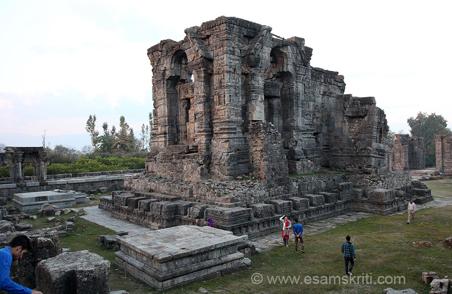 "From Shopian we drove to Anantnag. Here do visit the Martand Mandir whose pic u see . To see pics <a href=""http://www.esamskriti.com/photo-detail/Martand-Sun-Temple.aspx"" target=""_blank"">Click here</a>"