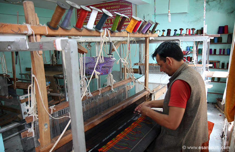 Next to the temple is loom that sells shawls, the region``s biggest cottage industry. Saw the stuff pretty good. If you like to buy call Amar Chandra 91 98165 06609 or 91 94185 43698. To see