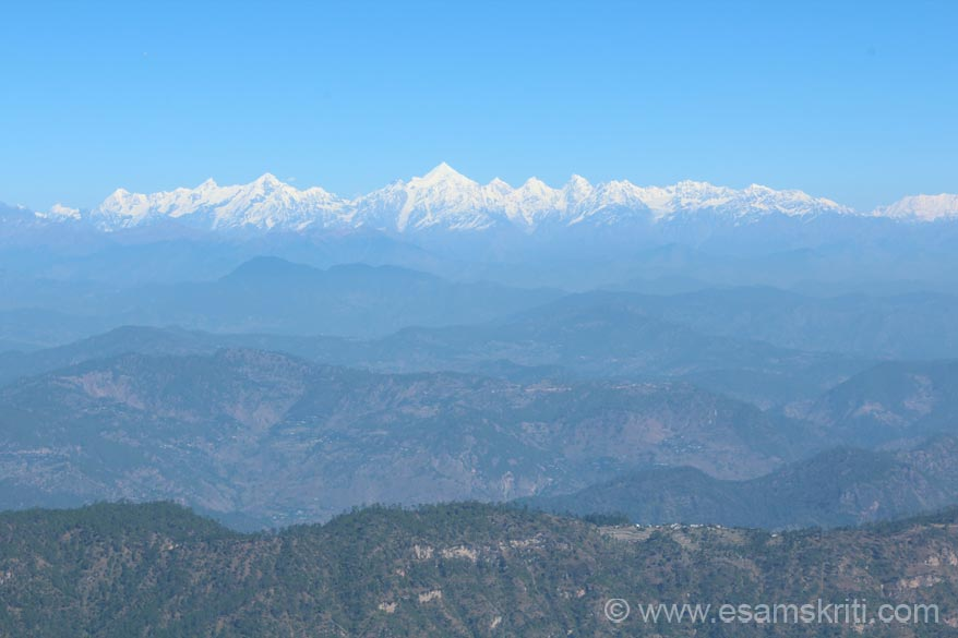 "U see Panchchuli peaks. It is a group of 5 peaks in the Darma valley of Kumaon. The group``s name is derived from the Pandavas``s ""Five Chulis"" (cooking hearths), where they cooked their last meal before proceeding toward their heavenly abode."
