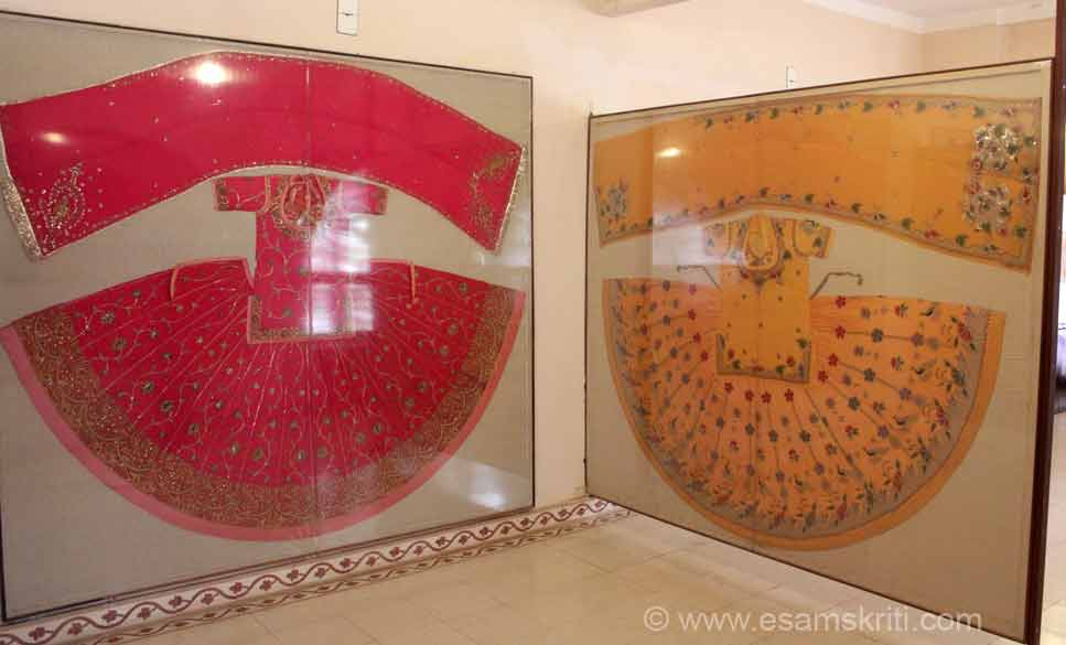 """""""PRACHINA Bikaner Cultural Center and Museum was established by Siddhi Kumari daughter of Late Maharaja Narendra Singhji of Bikaner in 2000 at the beginning of 21st century with a vision to preserve Bikaner``s rich cultural diversity and to showcase monolithic identity of Bikaner in form of a Museum."""" U see typical dress of ghagra, kurti and odhana."""