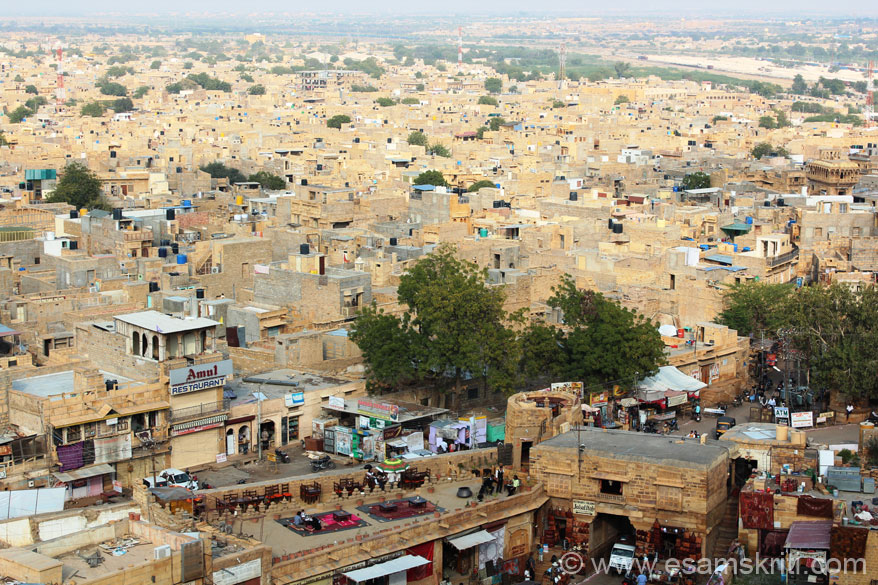 Driving in from Bikaner, Gajner, Bap, Phalodi reached Jaisalmer at 1am. It was pouring that too in Feb. Intent was to see the Jaisalmer Desert Festival. We present Jaisalmer pics under