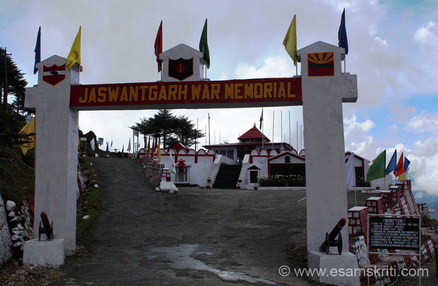 I had read about the bravery of Veer Jaswant Singh and consider myself blessed to visit his memorial. U see entrance to memorial. This collection has pics of 3 war memorials i.e.