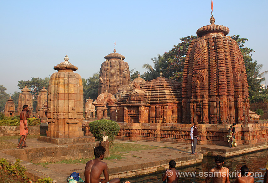 Visited Bhubaneswar/Konarak/Puri in December 2013. U see Muktesvara Mandir against the rising sun. Pond that you see in front is considered holy where devotees have a dip. This