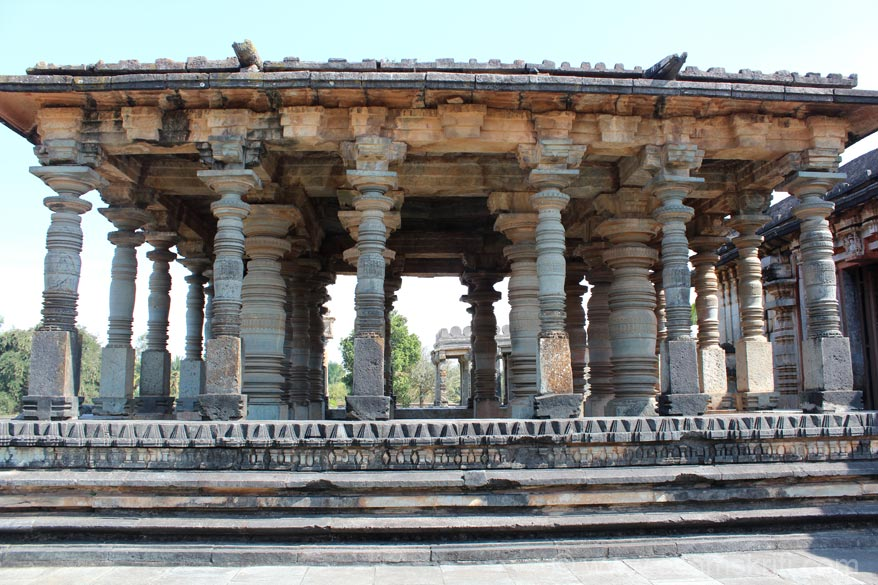 U see pillars of temple mantapa. Note the pillar design carefully, different pillars different designs.