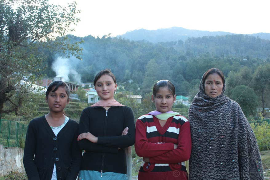 We were walking in Munisayari when met these young girls and mother. Second girl left to right agreed to have group clicked provided I promised to send her the pic which I will. Two girls in the 