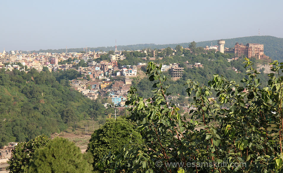 Overview of Jammu town from Bahu Fort. Right of pic old structure that you see is Mubarak Mandi Palace. On the same hill a bit ahead is Amar Mahal Palace.