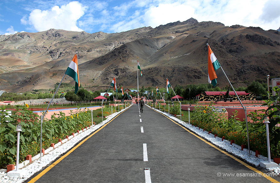 Walk in to Kargil War Memorial. Right is TOLOLING hill and left in white is Kargil Vijay Diwas. Very well designed and kept war memorial. Attracts lots of nationalists.
