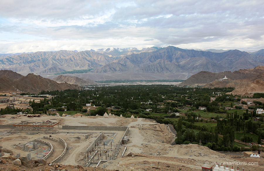 As we left Leh gained height. This is overview of Leh town. Extreme right of pic white structure is Shanti Stupa. On left small white structure on hill is Leh Palace. Right in front is a under