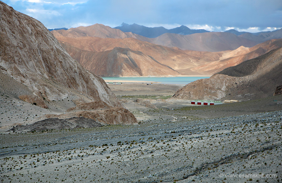 This is view of Pangong Lake before we reached. There was a road blockage a few kms before. Ishwar ki kripa see the road was cleared. This site was inviting enough. Since I went in August
