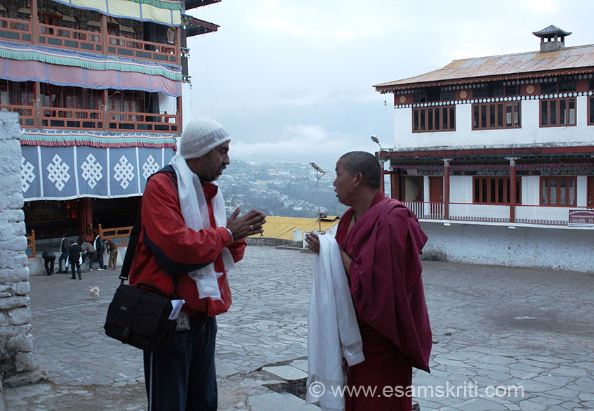 We reached Tawang abt 3 ish. U see me at the Monastery with a monk. It was somewhere here that the 14th Dalai Lama crossed over into India from Tibet 1959. In the 17th century a period of  harsh rivalry existed between various Buddhists sects - an angry monk Meera Lama built a fortress here to protect the monks of his Gelugpa creed. It is called Tawang Monastery today. Some captions are courtesy Outlook Traveller - Heritage Holidays.